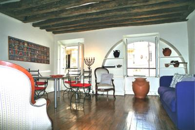 VacationsFRBO Paris Vacation Rentals Property ID 15027 Studio Vivienne -Palais Royal