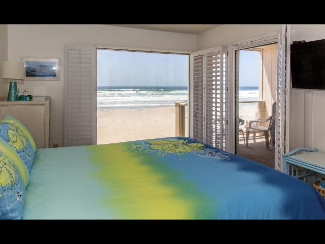 VacationsFRBO Mission Beach Vacation Rentals Property ID 15626 Ocean Front Vacation Rentals -Mission Beach
