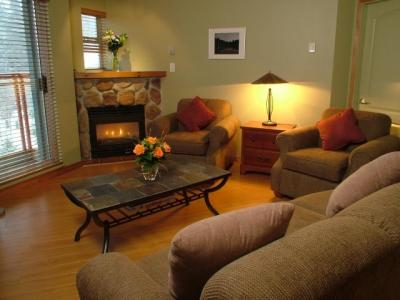 VacationsFRBO Whistler Vacation Rentals Property ID 15950 Eagle Lodge
