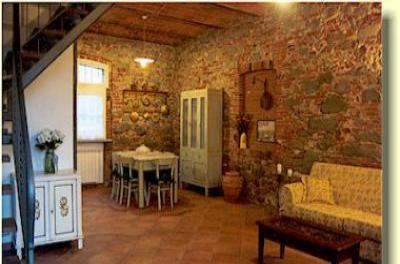 VacationsFRBO Lucca Vacation Rentals Property ID 17483 Rio Corso