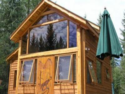 VacationsFRBO Cranbrook Vacation Rentals Property ID 18794 Wolf Creek Cabin