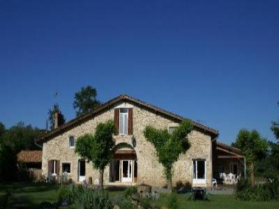 VacationsFRBO Gironde Vacation Rentals Property ID 19330 Le Figuier