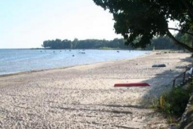VacationsFRBO Fort Erie Vacation Rentals Property ID 19522 Crescent Beach Rental