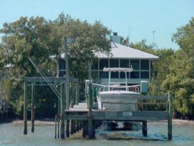 VacationsFRBO Little Gasparilla Island Vacation Rentals Property ID 19577 IT`S 5:00 SOMEWHERE #0123