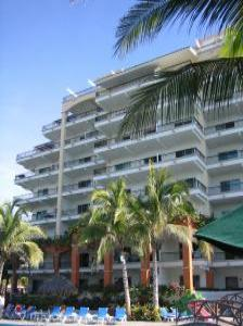 VacationsFRBO Paradise Village Vacation Rentals Property ID 20431 Playa Royale Tower I