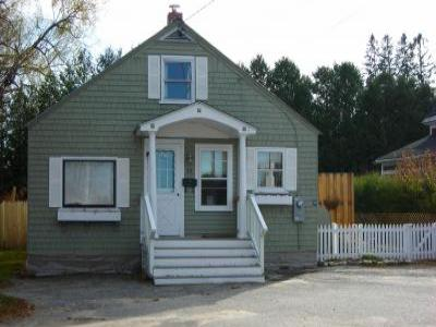 VacationsFRBO Bethel Vacation Rentals Property ID 21726 In Town Cottage