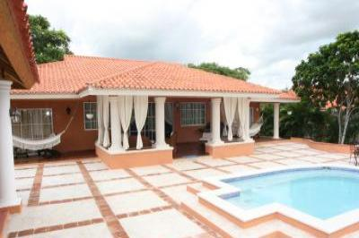 VacationsFRBO Juan Dolio Vacation Rentals Property ID 21803 Guavaberry Golf  Villa Los Canarios