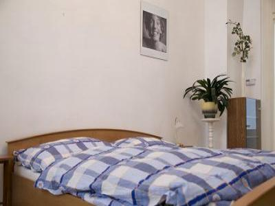 VacationsFRBO Prague Vacation Rentals Property ID 22452 Tynska Apartment