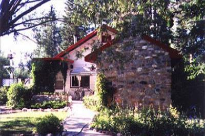 VacationsFRBO Golden Vacation Rentals Property ID 24392 Rocky Mountain Buffalo Ranch Guest House