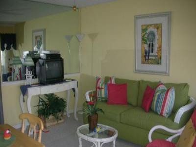 VacationsFRBO North Myrtle Beach Vacation Rentals Property ID 25121 Five O`Clock Somewhere