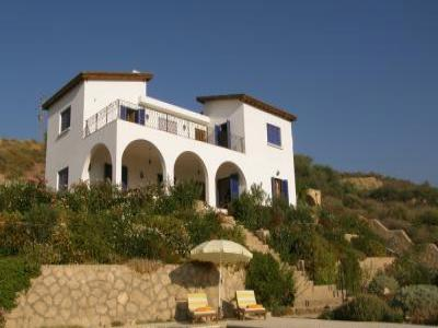 VacationsFRBO Kyrenia Vacation Rentals Property ID 26857 The Hibiscus House