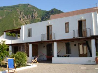 VacationsFRBO Todi Vacation Rentals Property ID 27655 Aeolian Islands - Salina Rental
