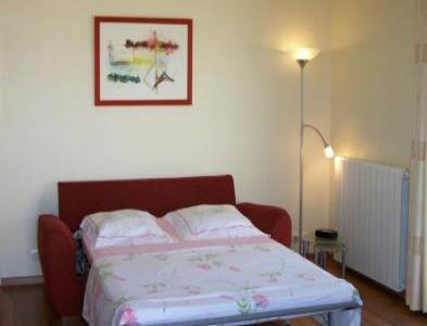 VacationsFRBO Herault Vacation Rentals Property ID 27823 Chambre d`hote Charlotte