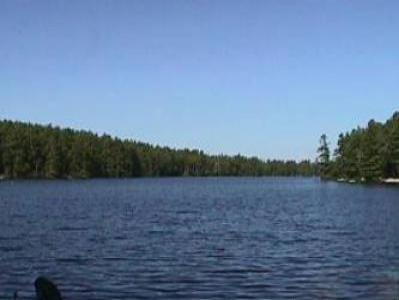 VacationsFRBO Swanzey Vacation Rentals Property ID 29931 Lakefron Cottage on Wilson Pond - Swanzey: NH