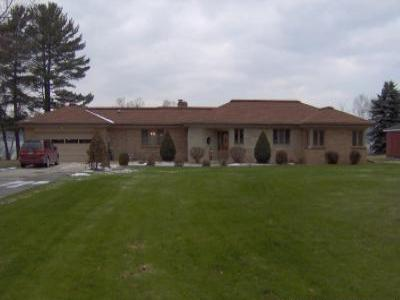 VacationsFRBO Munising Vacation Rentals Property ID 30971 Lakefront Home