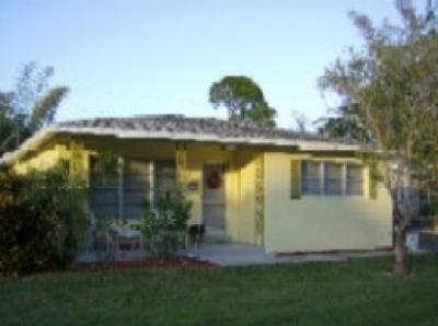 VacationsFRBO Naples Vacation Rentals Property ID 32526 Smugglers Cove Cottage