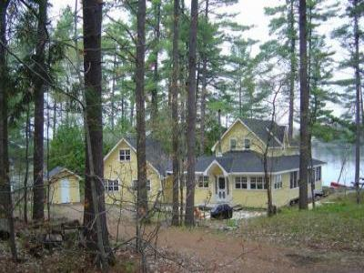 VacationsFRBO Muskoka Vacation Rentals Property ID 33721 Mellow Yellow