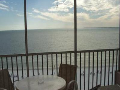 VacationsFRBO Fort Myers Beach Vacation Rentals Property ID 34000 2 BR Beach Front Condo BV 706