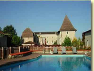 VacationsFRBO Angouleme Vacation Rentals Property ID 35110 Chateau de Labaurie.