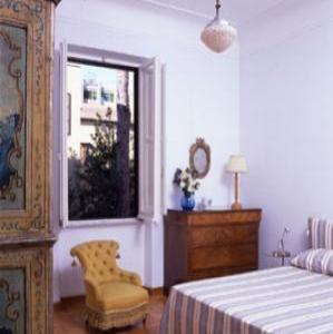 VacationsFRBO Rome Vacation Rentals Property ID 35234 Elegant:bright and confortable apartment in Trastevere for 2/5 people