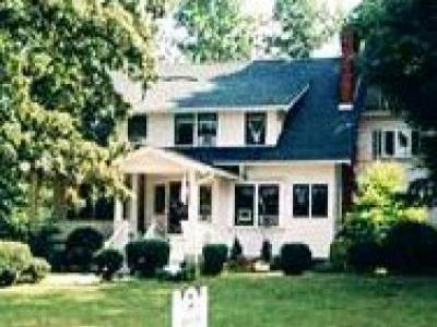 VacationsFRBO Asheville Vacation Rentals Property ID 36448 Oakland Cottage B&B