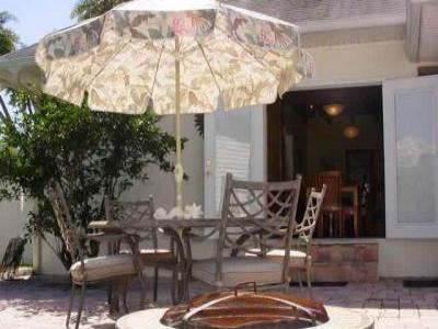 VacationsFRBO Fort Myers Beach Vacation Rentals Property ID 37588 Tropical Oasis - Pool: Walk to Beach !