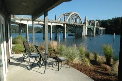 VacationsFRBO Florence Vacation Rentals Property ID 67057 Old Town Siuslaw Suite #2